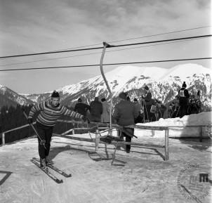 EPT1947_2: Španov vrh v Planini pod Golico nad Jesenicam. Srednja postaja Črni vrh, 1965. Foto: Janez Lampič.