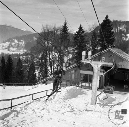 EPT1948_1: Španov vrh v Planini pod Golico nad Jesenicam. Srednja postaja Črni vrh, 1965. Foto: Janez Lampič.