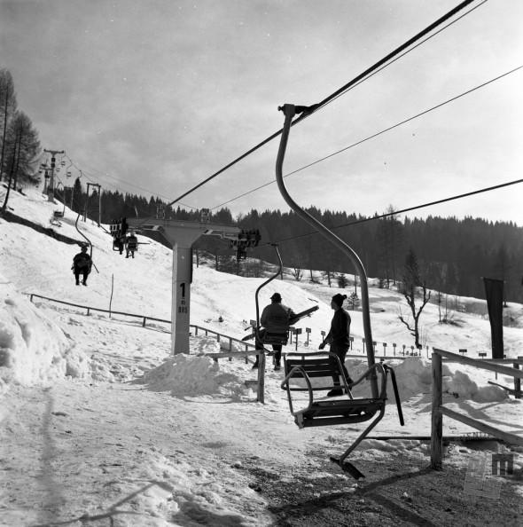 EPT1948_2: Španov vrh v Planini pod Golico nad Jesenicam. Srednja postaja Črni vrh, 1965. Foto: Janez Lampič.