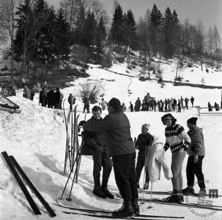 EPT1949_3: Španov vrh v Planini pod Golico nad Jesenicam. Srednja postaja Črni vrh, 1965. Foto: Janez Lampič.
