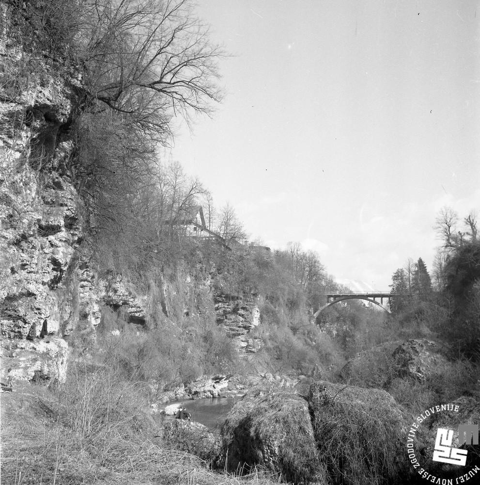 MC6703: Kanjon reke Kokre, marec 1967. Foto: Marjan Ciglič.