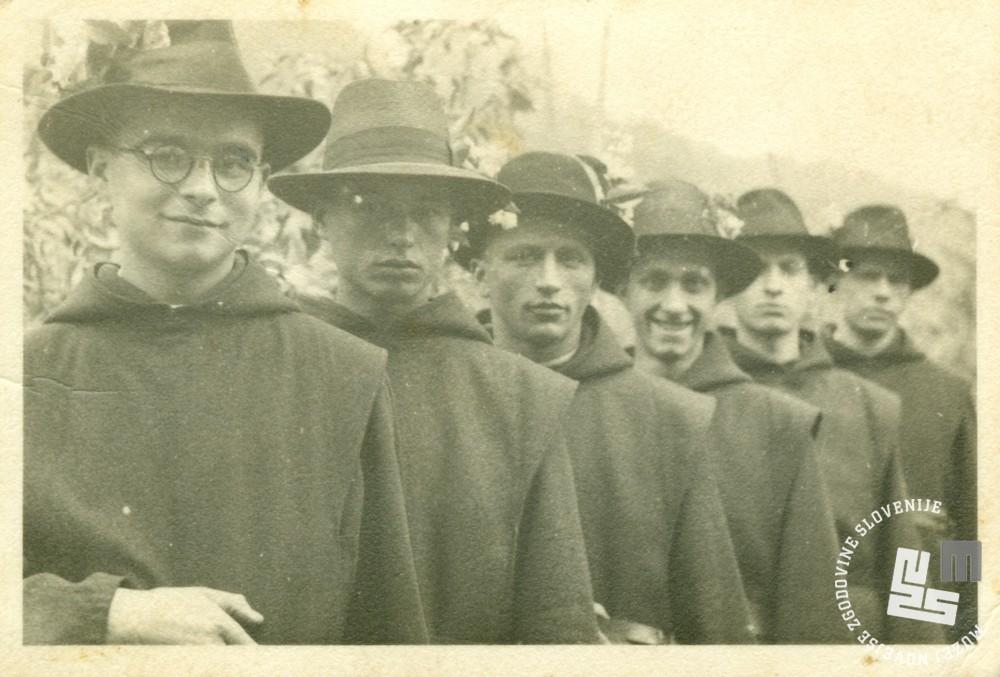 Trapisti na Zagrebškem velesejmu leta 1939. Foto: neznan, hrani MNZS.