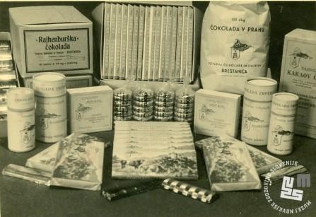 Posnetek z razstave Tovarne čokolade in likerjev Brestanica v Ljubljani okrog 1955. Foto: neznan, hrani MNZS.