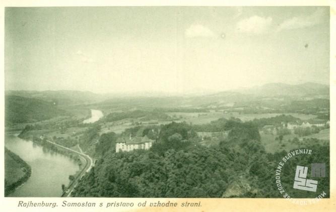 Pogled na trapistovski samostan in pristavo z vzhodne strani. Foto: neznan, hrani: MNZS.