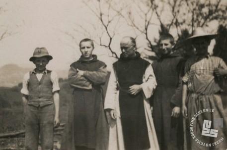 Leta 1941, s prihodom Nemcev, je postal upravitelj na Sremiču p. Krizostom Zemljak. Foto: neznan, hrani: MNZS.