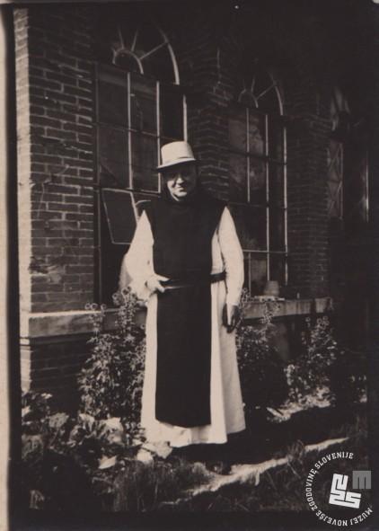 Pater Herman Vodenik v samostanu Dumb v Franciji. Last Nete Timer.