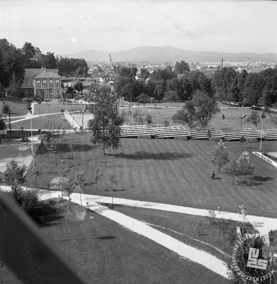 DE2787_6: Ljubljana, julij 1961. Foto: Svetozar Busić, hrani: MNZS.