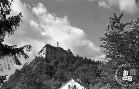 Grad Rajhenburg julija 1947. Arhiv MNZS