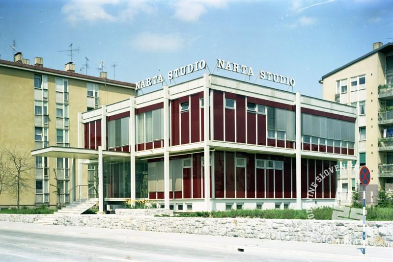EPC4044_1: Nova stavba Narta Studia v Ljubljani leta 1973. Foto: Rudi Paškulin, hrani: MNZS.