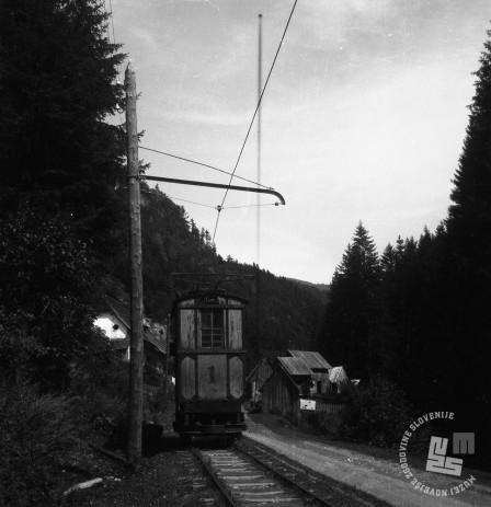 DE1403a_13: Gozdna železnica v Mislinji. Leto 1957. Foto: Dušan Gostinčar.