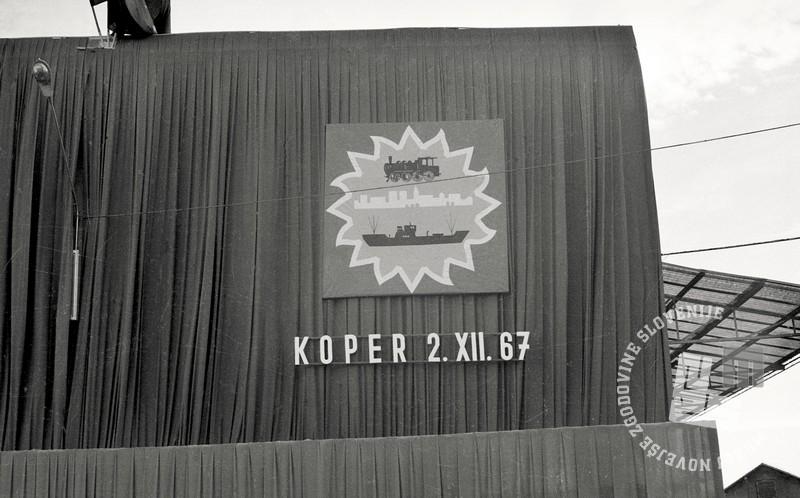 2 FSII2062_129: Koper, 2. december 1967. Foto: Sašo Bernardi, hrani: MNZS