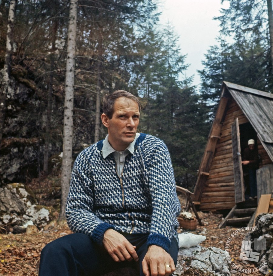 Aleš Kunaver  na nedeljskem družinskem izletu v Bohinju leta 1974. Foto: Dušica Kunaver, hrani  Muzej novejše zgodovine Slovenije.