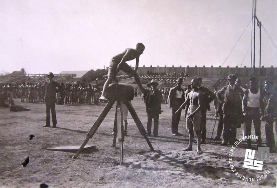 15. Tekmovanje ─Źlanov na konju na svetovnem prvenstvu leta 1922 v Ljubljani
