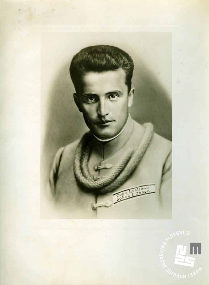 17. Portret Antona Maleja, ┼Żupa Ljubljana, Sokol I. Tabor. Anton Malej se je smrtno ponesre─Źil na svetovnem prvenstvu v Luksemburgu leta 1930