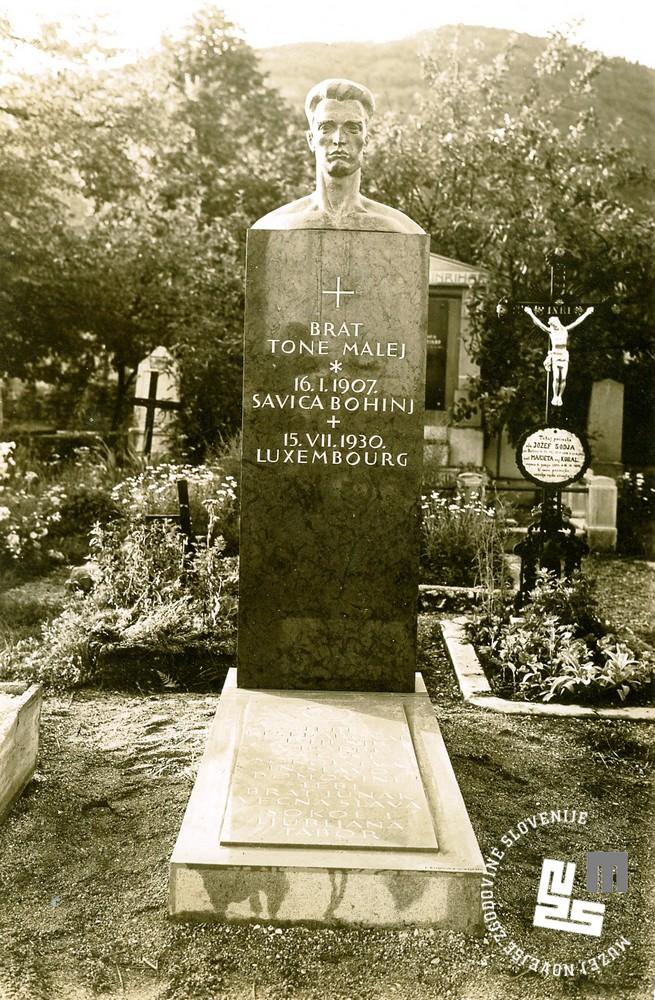 18. Grob in spomenik brata Toneta (Antona) Maleja v Bohinjski Bistrici