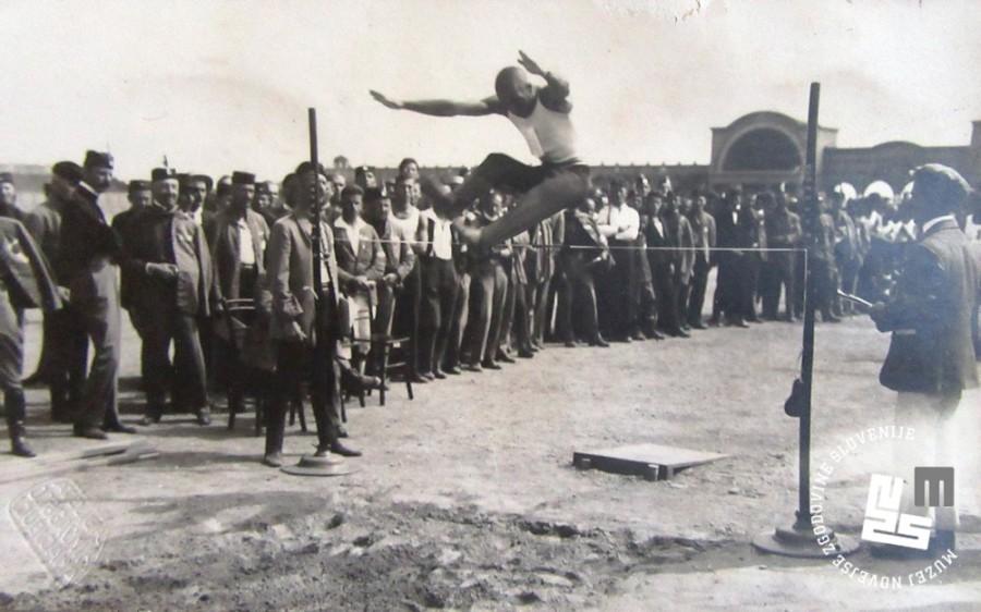 18. Skok v višino ene od vrst na svetovnem prvenstvu v Ljubljani leta 1922