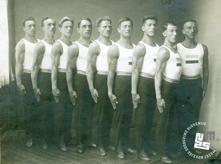 5. Vrsta Jugoslovanske sokolske zveze na VIII. Olimpijadi v Parizu, ki je bila v ─Źasu od 17. do 20. julija 1924