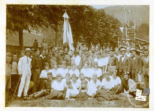 7. ─îlani Ljubljanskega Sokola v Kranju ob 50. obletnici delovanja, leta 1913