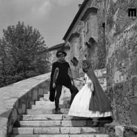 Gledališka predstava za otroke Lepota in zver, Polde Bibič in Kristina Piccoli, 1960. Foto: Edi Šelhaus