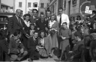 3. Poroka Edija Šelhausa (5. z leve) in Nives Jenko 20. oktobra 1947, Sv. Ana pri Trstu; med ženinom in nevesto je Mario Magajna, Nivesina poročna priča, na Nivesini desni je Egon Kravs, Edijeva poročna priča, foto: neznan.